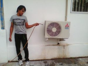 service-ac-outdoor