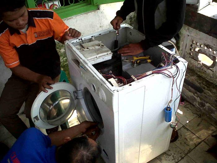 Jasa Service Mesin Cuci Kulkasdan Service AC Di Jombang